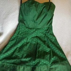 Green limited strapless dress sz6